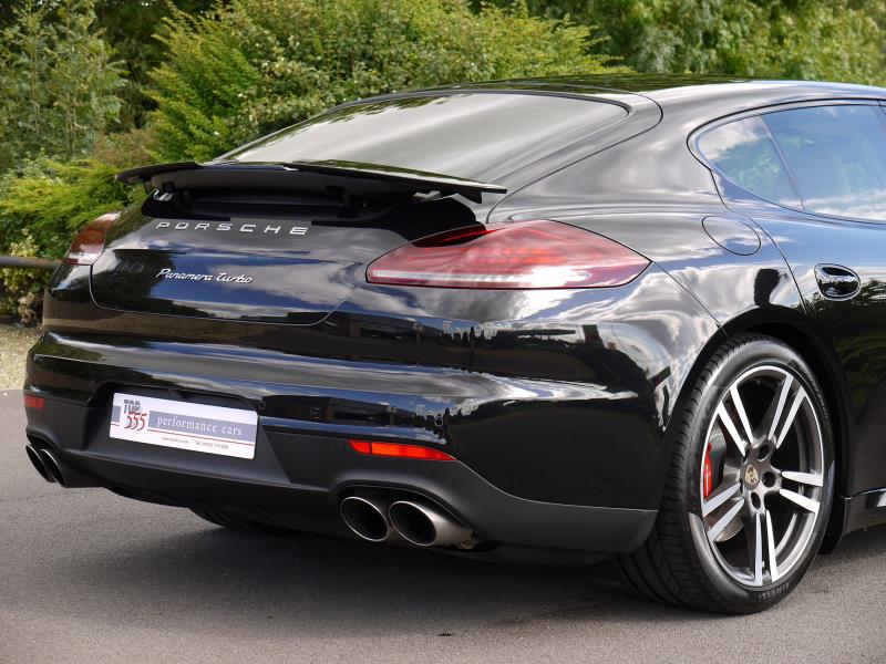 Porsche Panamera Turbo 4.8 PDK - Large 9