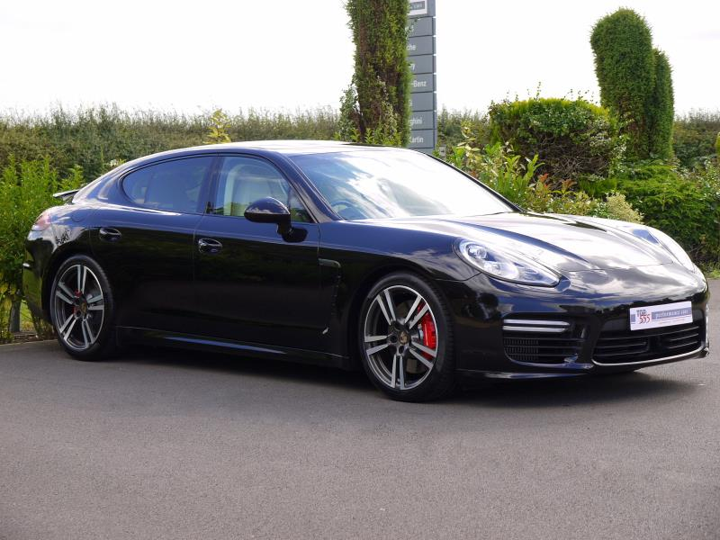 Porsche Panamera Turbo 4.8 PDK - Large 18