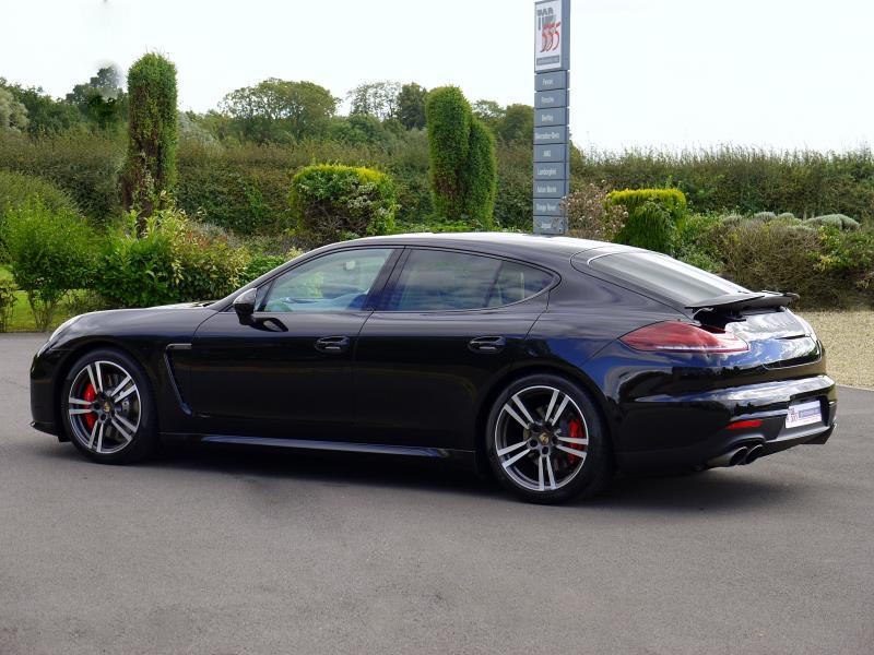 Porsche Panamera Turbo 4.8 PDK - Large 28