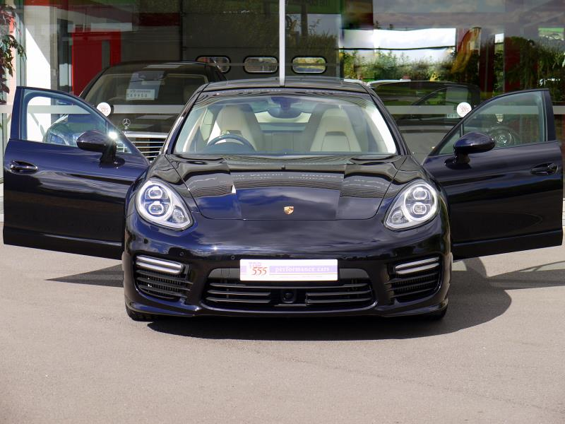 Porsche Panamera Turbo 4.8 PDK - Large 29