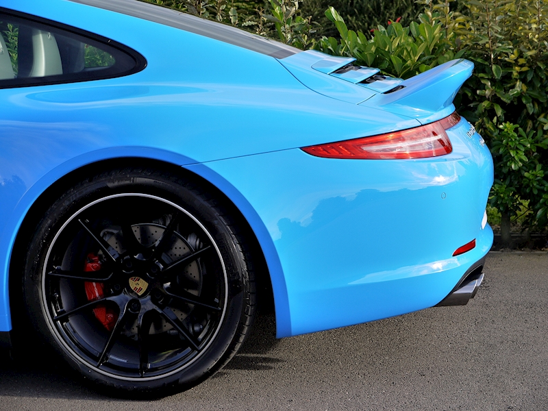 Porsche 911 Carrera 4S 3.8 Coupe PDK - Large 3