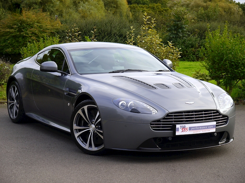 Aston Martin V12 Vantage Manual - Large 0