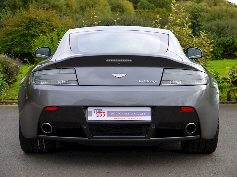 Aston Martin V12 Vantage Manual - Large 7