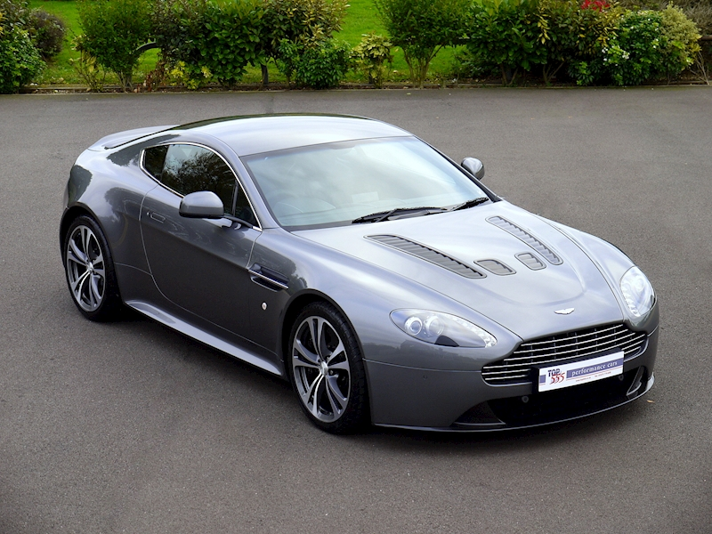 Aston Martin V12 Vantage Manual - Large 22