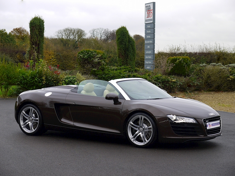Audi R8 Spyder 4.2 V8 Manual - Large 25