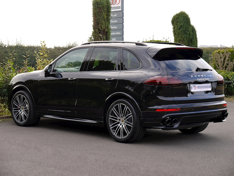 Porsche Cayenne V8 Turbo 4.8 - Large 11