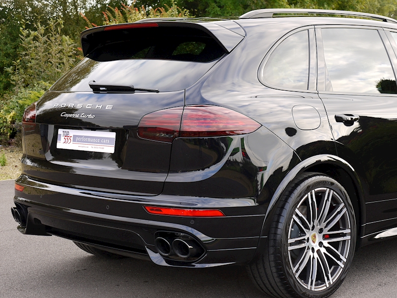 Porsche Cayenne V8 Turbo 4.8 - Large 13