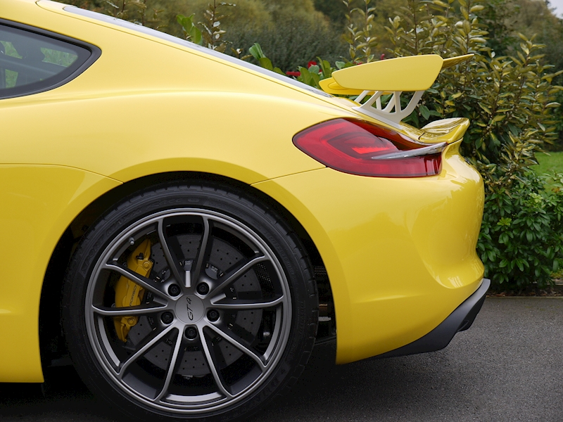 Porsche CAYMAN GT4 3.8 CLUBSPORT - Large 4