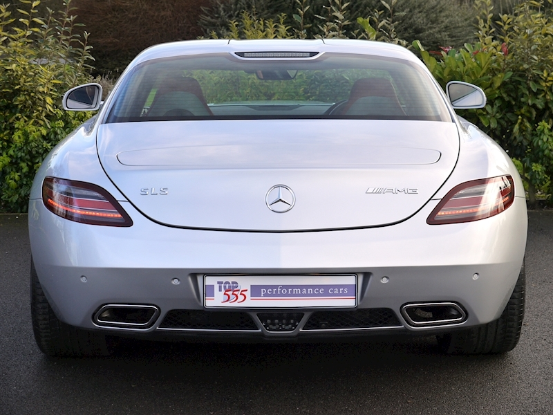 Mercedes-Benz SLS AMG COUPE 6.2 - Large 9