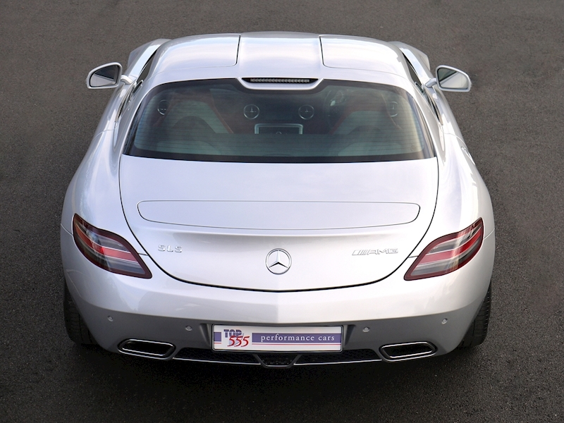 Mercedes-Benz SLS AMG COUPE 6.2 - Large 16