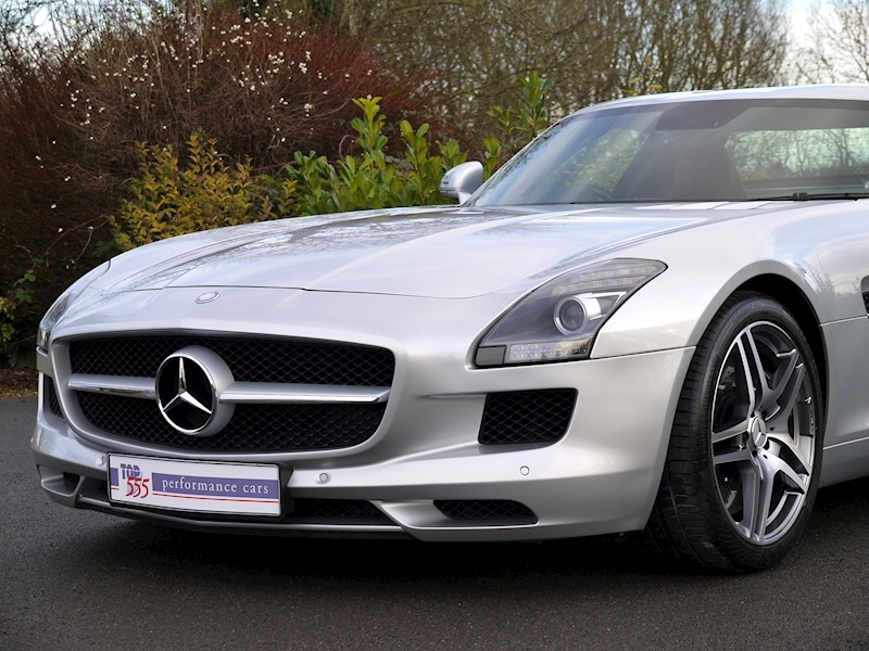 Mercedes-Benz SLS AMG COUPE 6.2 - Large 21