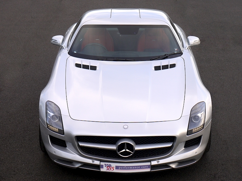 Mercedes-Benz SLS AMG COUPE 6.2 - Large 22