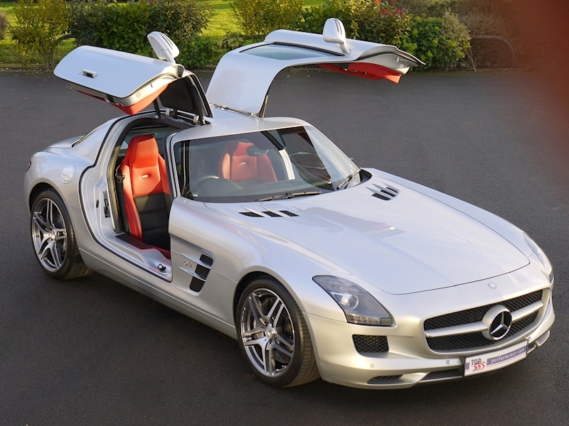 Mercedes-Benz SLS AMG COUPE 6.2 - Large 30
