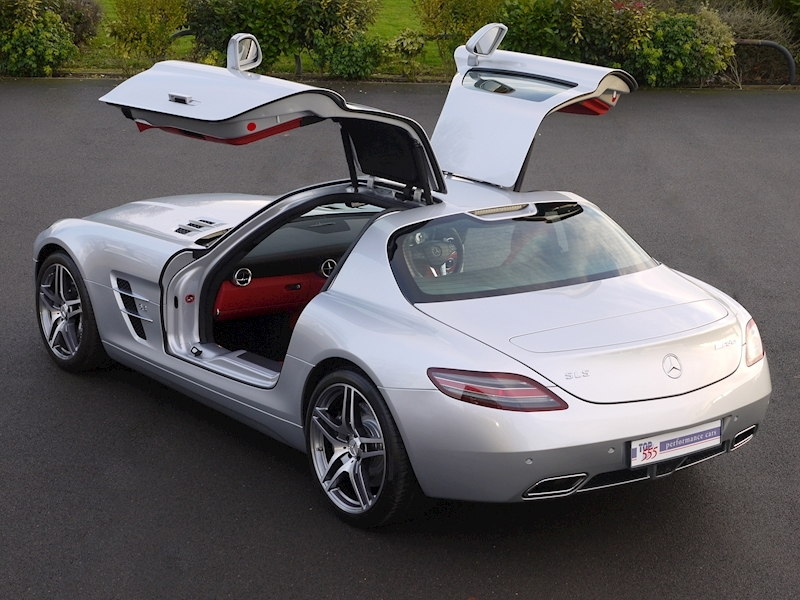 Mercedes-Benz SLS AMG COUPE 6.2 - Large 32