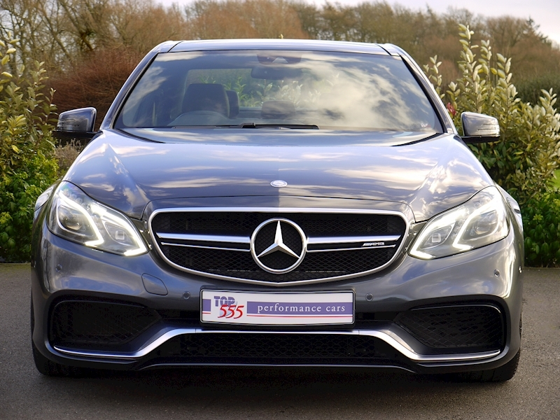 Mercedes E63 AMG 5.5 Saloon - Large 13