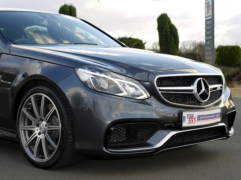 Mercedes E63 AMG 5.5 Saloon - Large 20