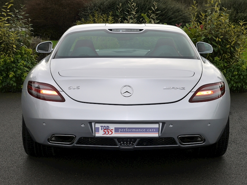 Mercedes SLS AMG Coupe 6.2 - Large 12