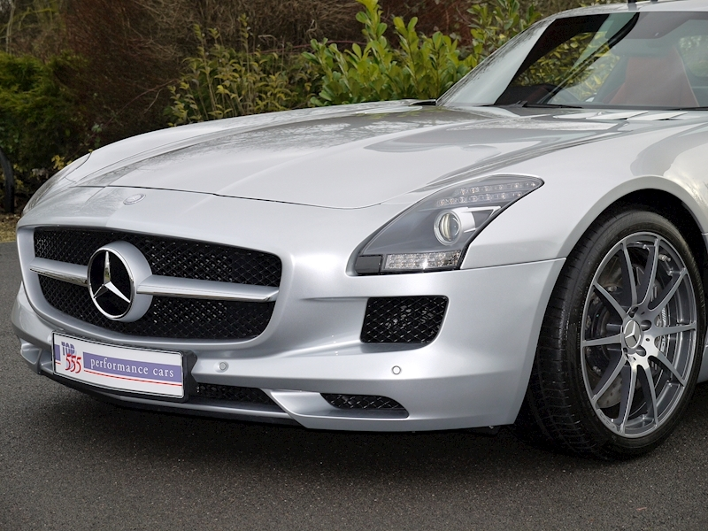Mercedes SLS AMG Coupe 6.2 - Large 17