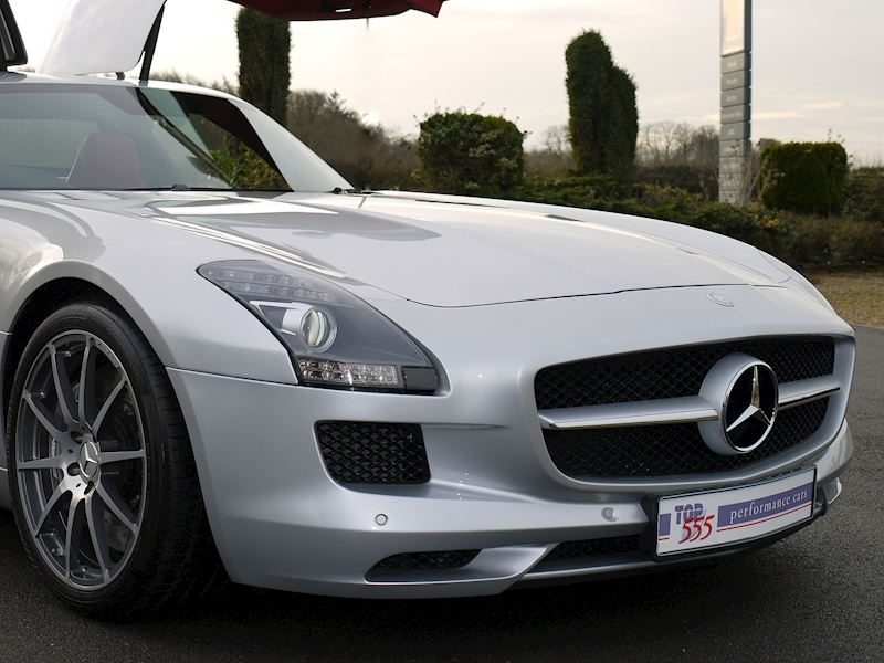Mercedes SLS AMG Coupe 6.2 - Large 27