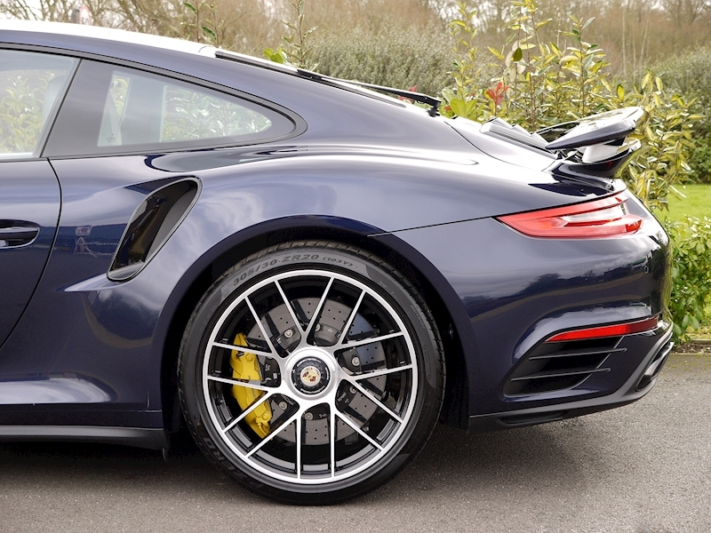 Porsche 911 (991.2) Turbo S 3.8 PDK - Large 6