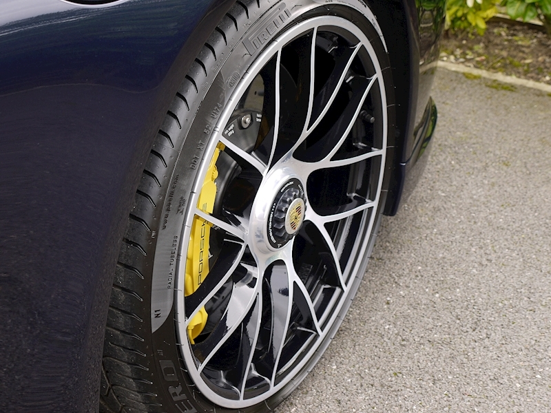 Porsche 911 (991.2) Turbo S 3.8 PDK - Large 10