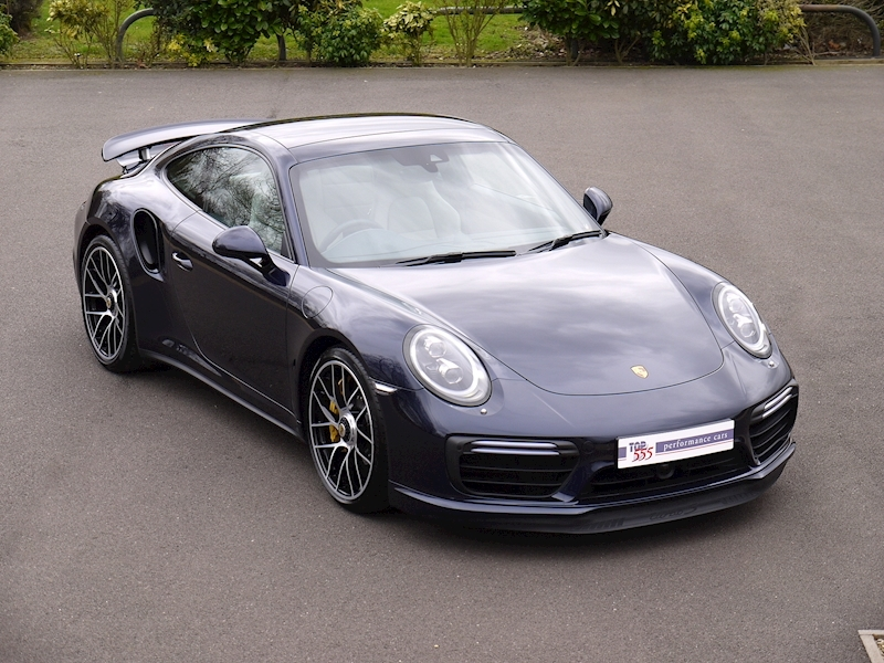 Porsche 911 (991.2) Turbo S 3.8 PDK - Large 0