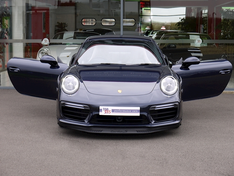 Porsche 911 (991.2) Turbo S 3.8 PDK - Large 28