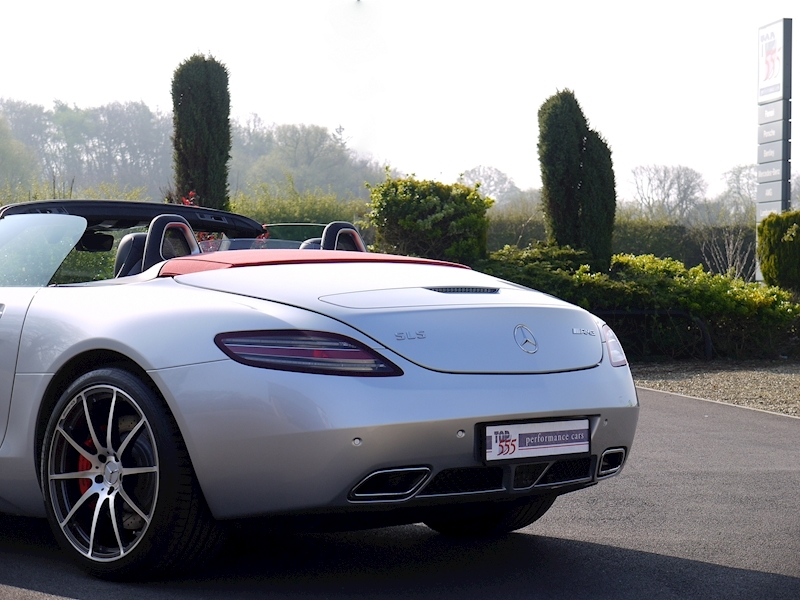 Mercedes SLS AMG Roadster 6.2 - Large 32