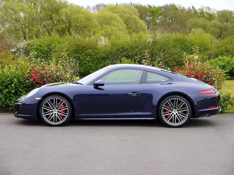 Porsche 911 (991.2) Carrera 4S 3.0 Coupe PDK - Large 2