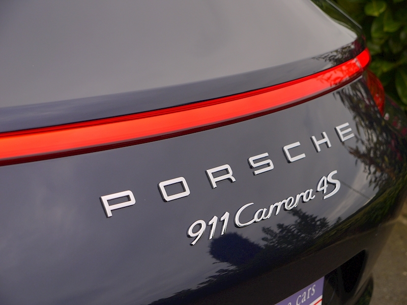 Porsche 911 (991.2) Carrera 4S 3.0 Coupe PDK - Large 4