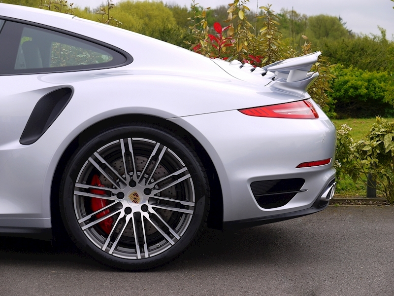 Porsche 911 (991) Turbo Coupe 3.8 PDK - Large 3