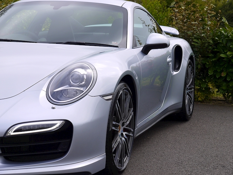 Porsche 911 (991) Turbo Coupe 3.8 PDK - Large 15