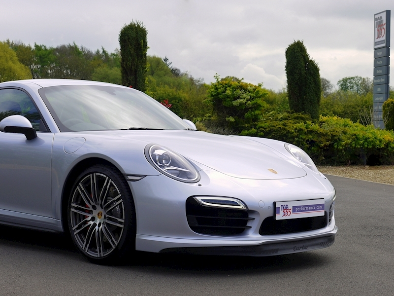 Porsche 911 (991) Turbo Coupe 3.8 PDK - Large 26