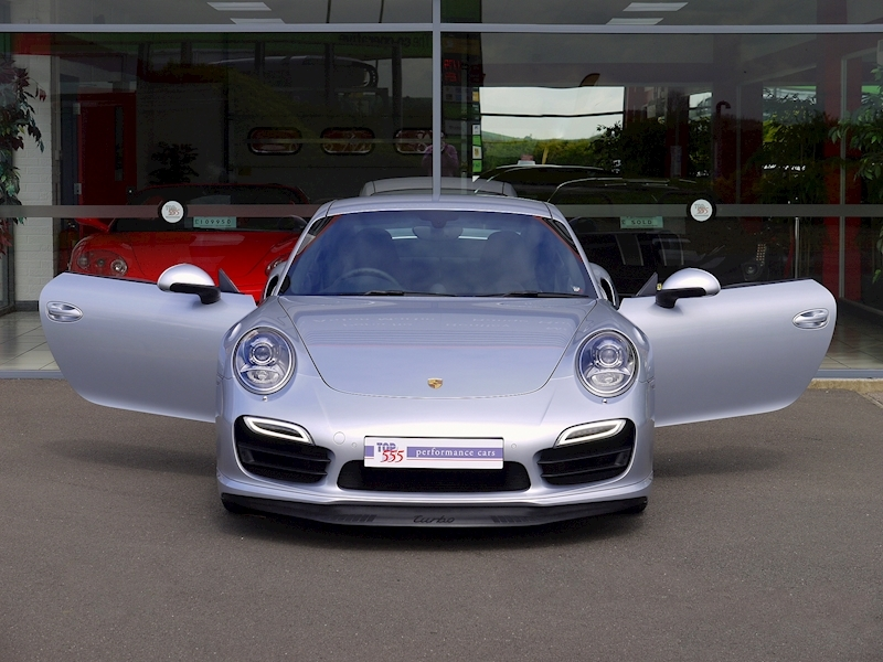 Porsche 911 (991) Turbo Coupe 3.8 PDK - Large 30
