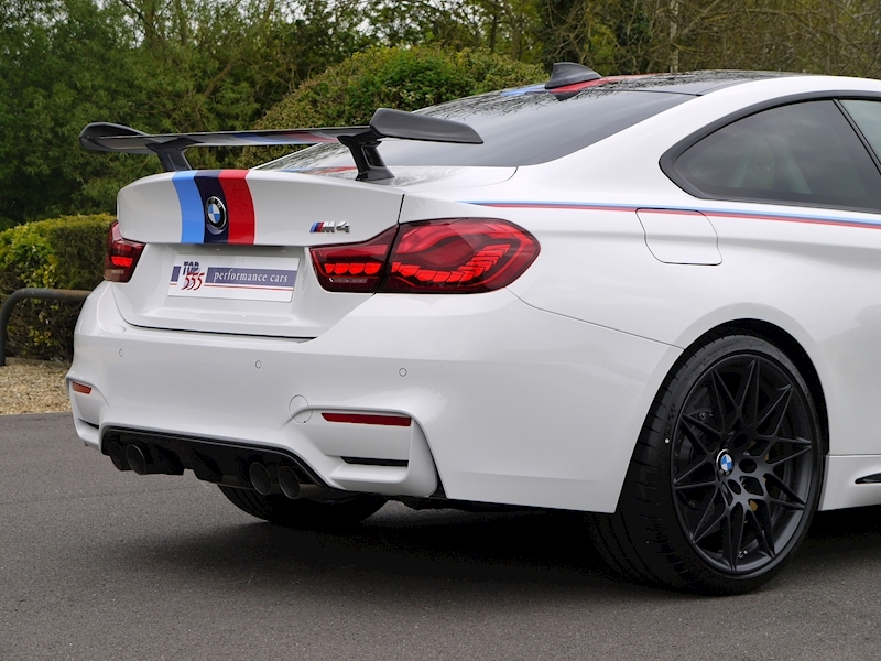 BMW M4 DTM Champion Edition - Large 10