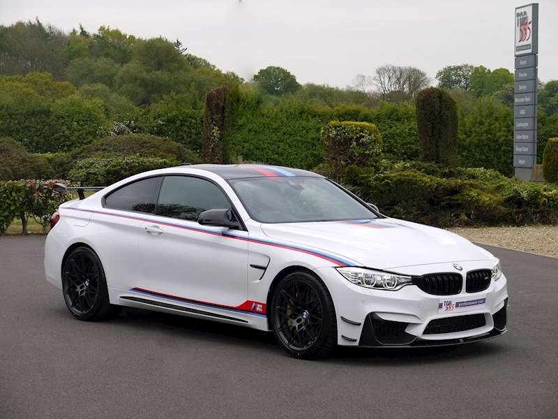 BMW M4 DTM Champion Edition - Large 40