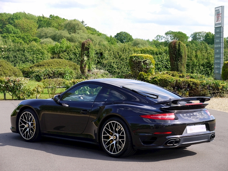 Porsche 911 (991) Turbo S Coupe 3.8 PDK - Large 32