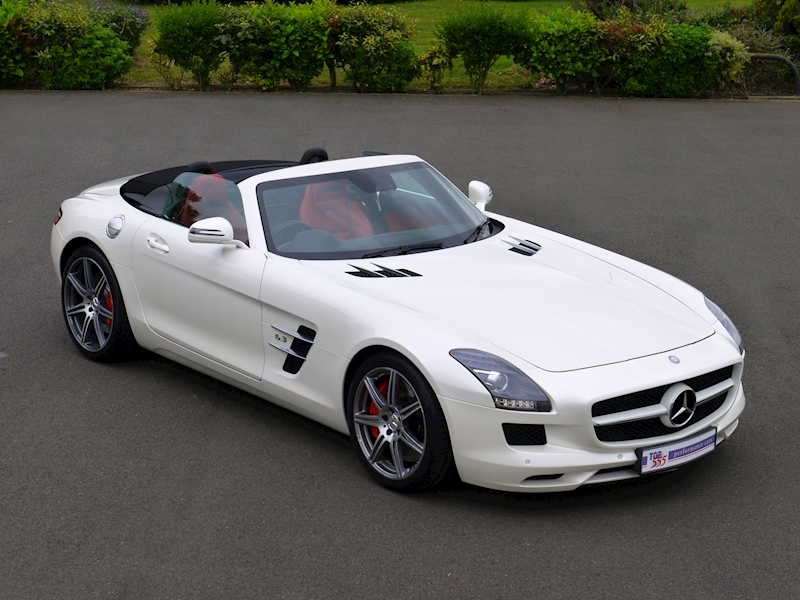 Mercedes-Benz SLS AMG Roadster 6.2 - Large 0