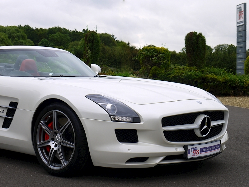 Mercedes-Benz SLS AMG Roadster 6.2 - Large 38