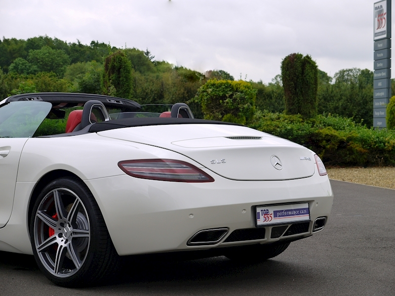 Mercedes-Benz SLS AMG Roadster 6.2 - Large 41