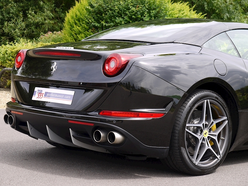 Ferrari California T - Large 14