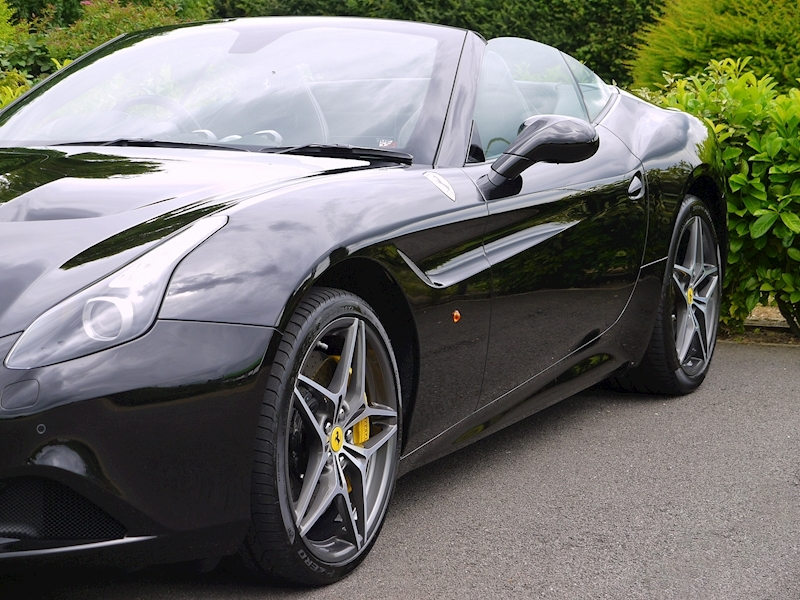 Ferrari California T - Large 24