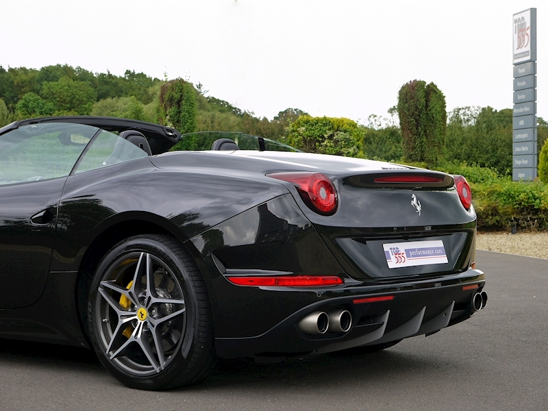 Ferrari California T - Large 44
