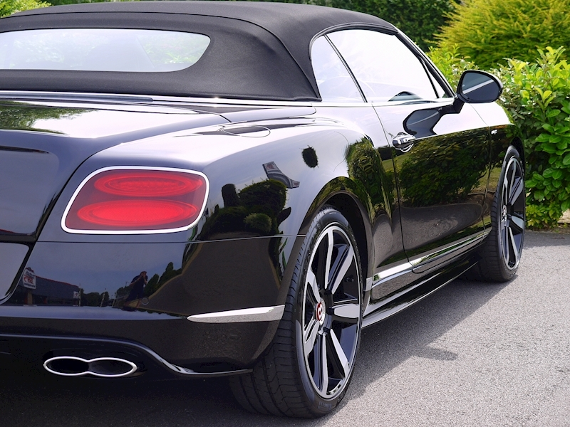 Bentley Continental GTC 4.0 V8 'S' Mulliner - Large 15