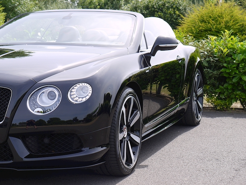 Bentley Continental GTC 4.0 V8 'S' Mulliner - Large 23