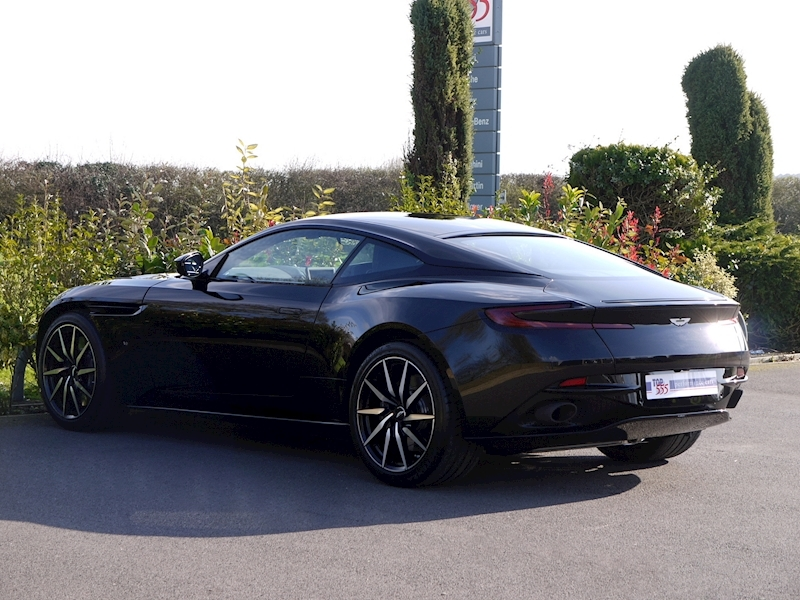 Aston Martin DB11 V12 - Launch Edition - Large 8
