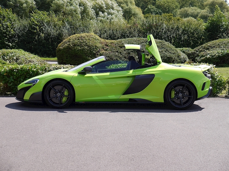 Mclaren 675LT Spider - 1 of 500 - Large 3