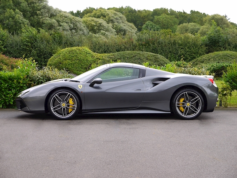 Ferrari 488 Spider - Large 13