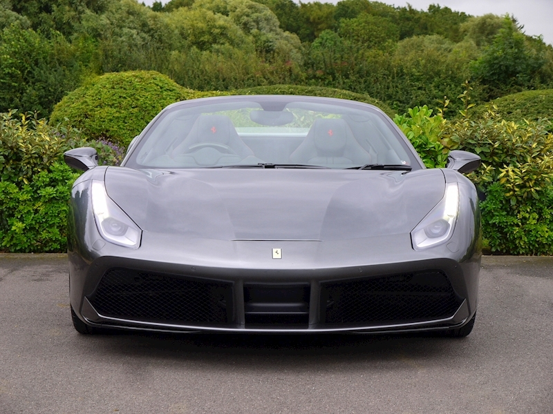 Ferrari 488 Spider - Large 32