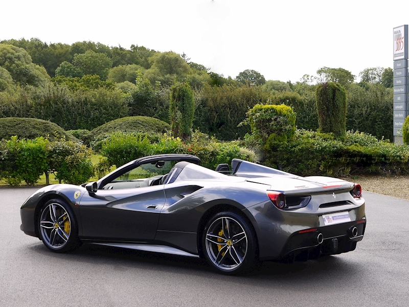 Ferrari 488 Spider - Large 44